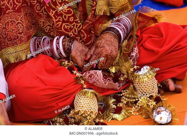 India, Punjab, Tarn Taran, tattos of a young sikh bride