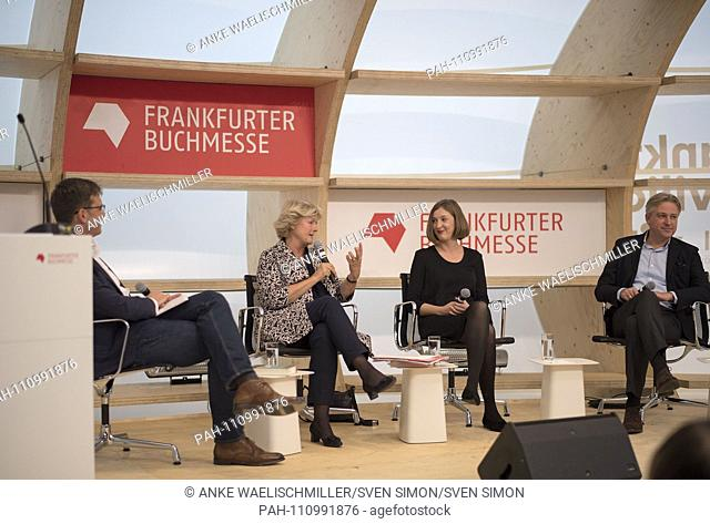 left to right Alf MENTZER (HR2-culture, moderator), Prof. Monika GRUETTERS (Grutters) (Minister of State for Culture and Media), Inger-Maria MAHLKE (author