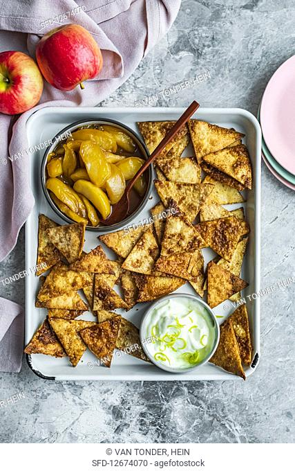 Sweet nachos with apple compote