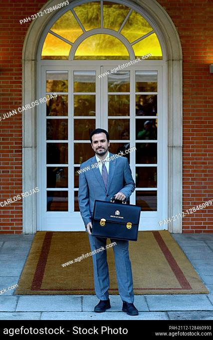 Madrid Spain; 14/01/2020.- Alberto Garzón Minister Consumption..Pedro Sanchez, president of Spain and his 22 ministers in a photo of the work team and his first...