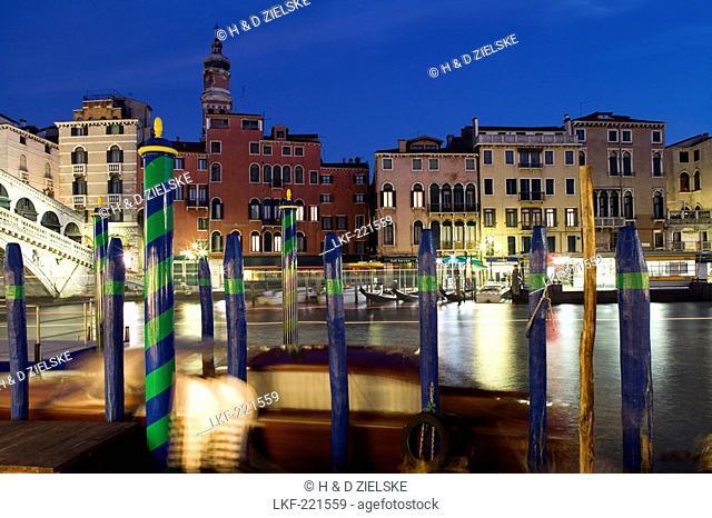 View of the Rialto Bridge, Venice, Italy, Europe