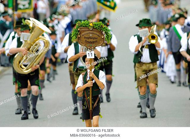 85. Loisachgaufest of the traditional costume clubs in Bad Tölz