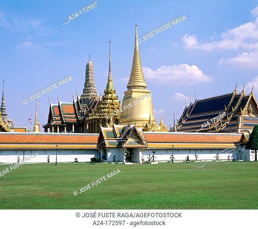 Royal Palace (Wat Phra Keo). Bangkok. Thailand