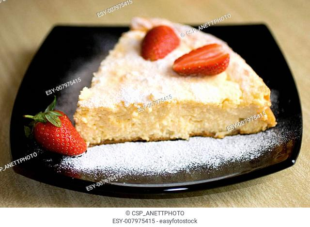 Strawberry and cottage cheese cake