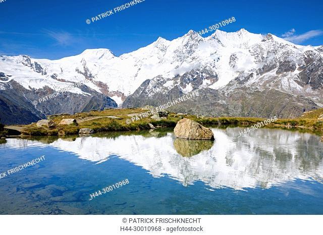 Alphubel - 4206m, Täschhorn - 4491m, Dom - 4545m, Wallis, Schweiz