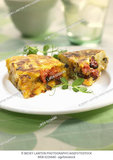 tortilla de patatas con chorizo / chorizo omelette