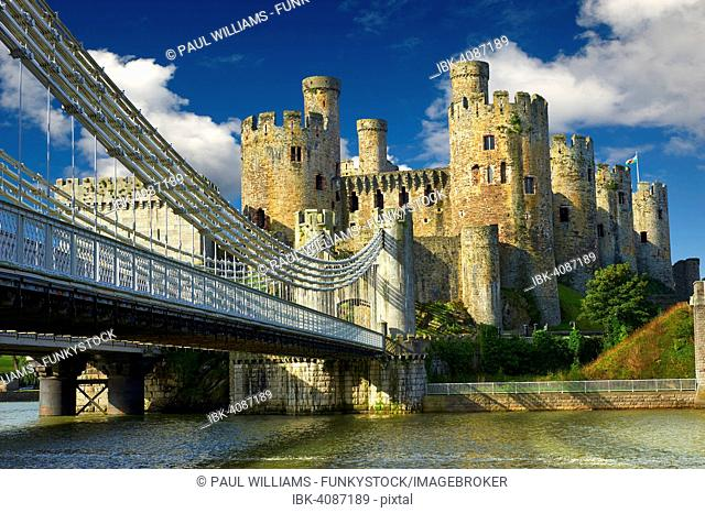 The medieval Conwy Castle, also Conway Castle, built 1283 - 1289 for Edward I, UNESCO World Heritage Site, Conwy, Wales, United Kingdom