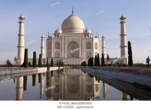 Reflection, pond, Taj Mahal, Agra, Uttar Pradesh, India, Asia