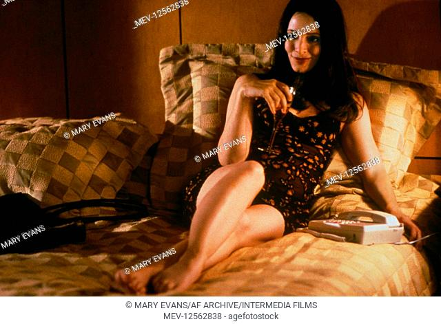 Madeleine Stowe Characters: Gracie Film: Playing By Heart (USA/UK 1998) Director: Willard Carroll 18 December 1998