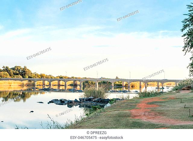 Road bridge over the Orange River at Upington