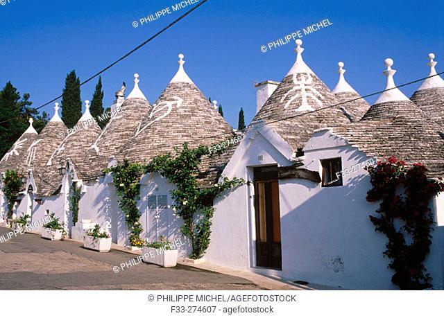 Trulli (typical dwellings). Alberobello. Puglia, Italy