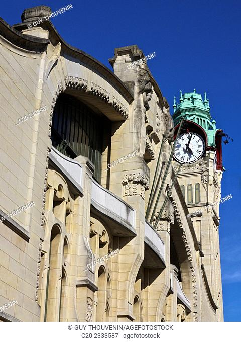 Rouen railway station, 19th 20th c., and tower clock, Art Nouveau style, Rouen, Normandy, France