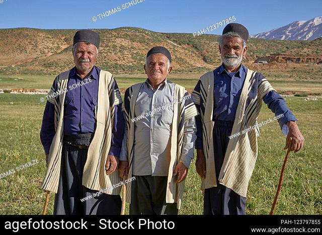 Bachtiari nomads in the Zagros Mountains near the city of Chelgerd in Iran, taken on June 8, 2017. | usage worldwide. - at Chelgerd/Chaharmahal und...