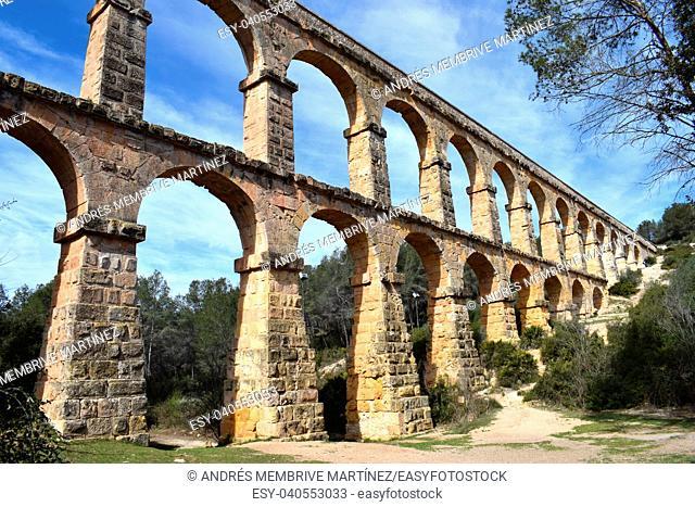 Acueducto de les Ferreres, in Tarragona. Catalonia, Spain