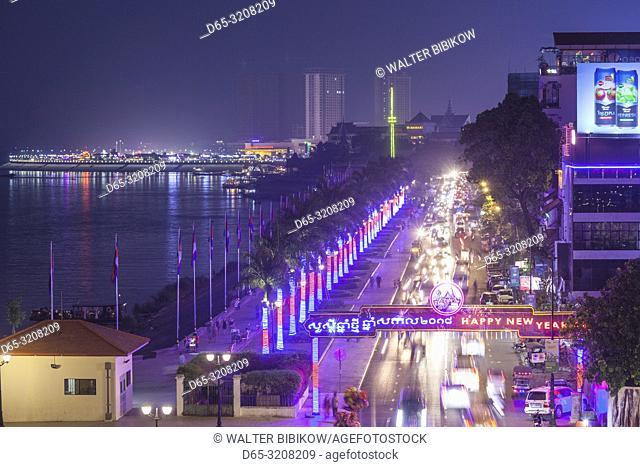 Cambodia, Phnom Penh, Sisowath Quay traffic, elevated view, dusk