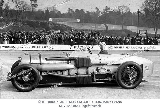 Brooklands - John Cobb in the Napier-Railton - 1933-4