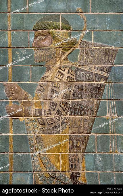 Iran, Tehran, National Museum, Frieze depicting an archer (relief of glazed brick, Susa)