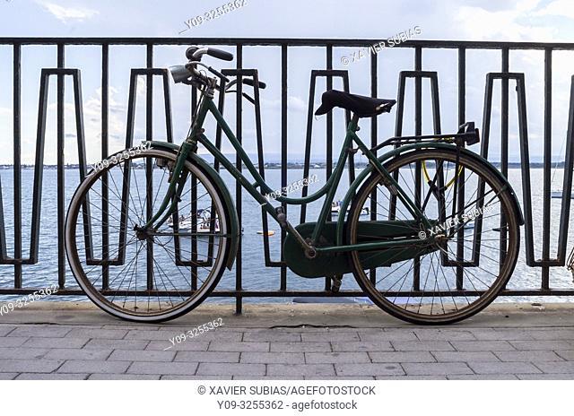 Bicycle, Lungomare Alfeo, Syracuse, Sicily, Italy