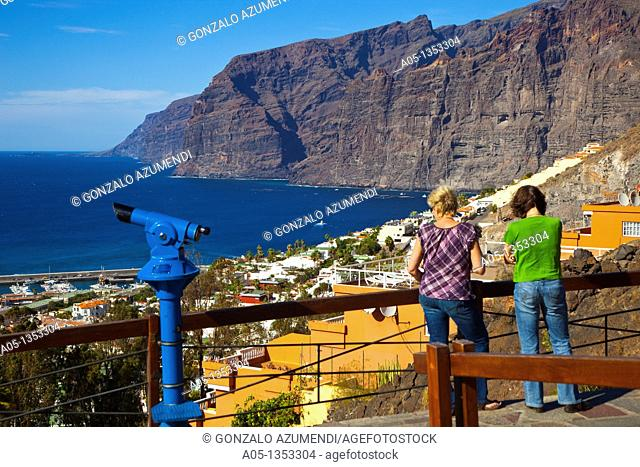 Cliffs in Los Gigantes  Tenerife  Canary Islands  Spain