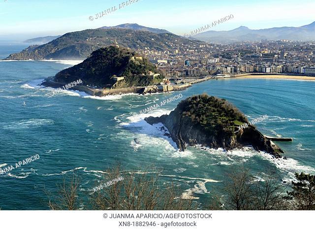 La Concha Bay and Santa Clara island, San Sebastian, Donostia, Guipuzcoa, Basque Country, Spain