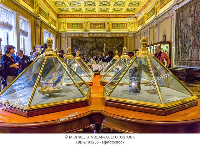 Interior view of The Gold Drawing Room in the Winter Palace, The Hermitage, St. Petersburg, Russia