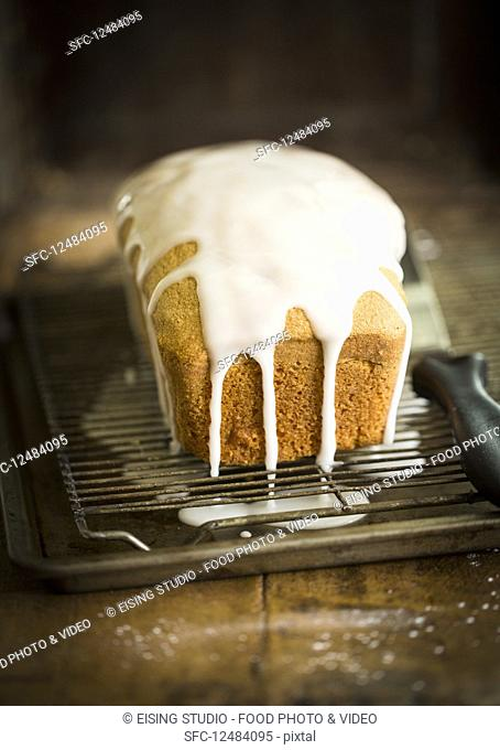 Pound cake with frosting