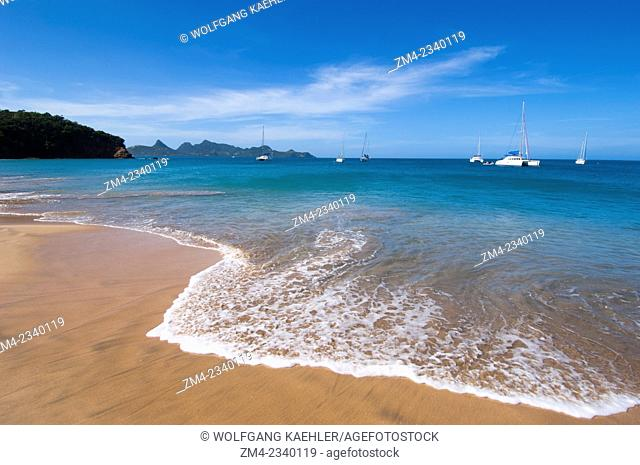 Sandy beach on Mayreau Island, a small island in the Grenadines in the Caribbean