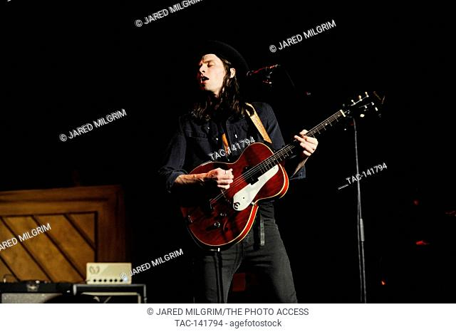 Singer James Bay performs at the Hollywood Palladium on December 1, 2015 in Hollywood, California