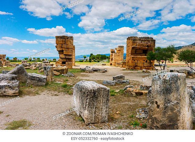 View of the ruins of Heropolis near Pamukkale