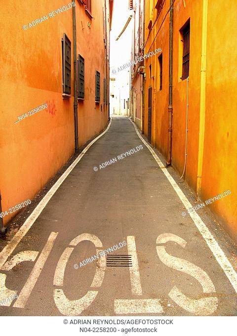 Stop! In the alleyway, Rimini, Italy