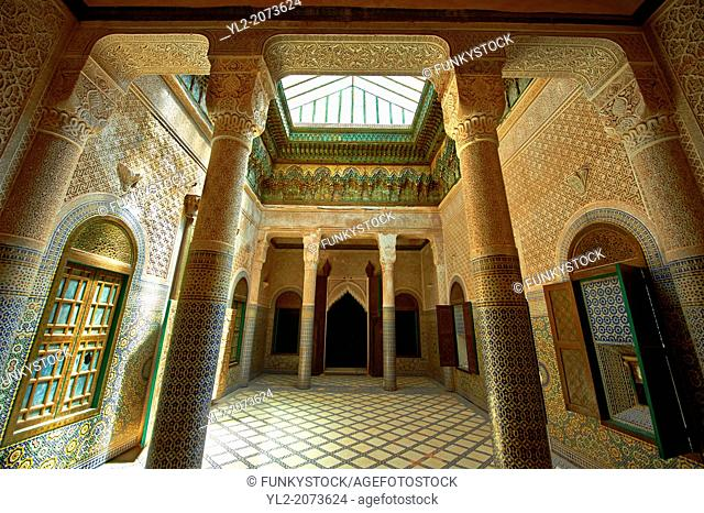 Berber Muqarnas Arabesque stalactite plaster work ceiling and Mocarabe Honeycomb work plaster columns and capitals of the inner courtyard of the Kashah of...