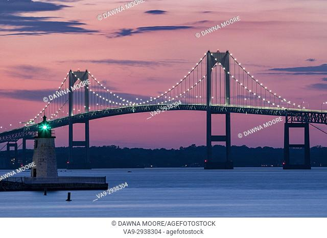Goat Island Lighthouse and Claiborne Pell Bridge, Newport, Rhode Island