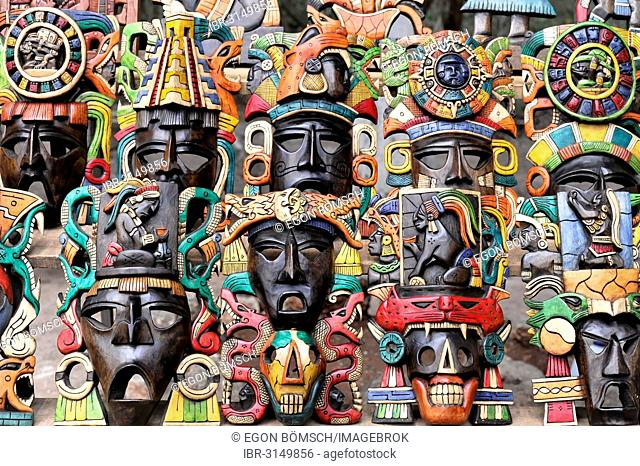 Masks, crafts, souvenirs, at the entrance to the Mayan ruins of Chichén Itzá