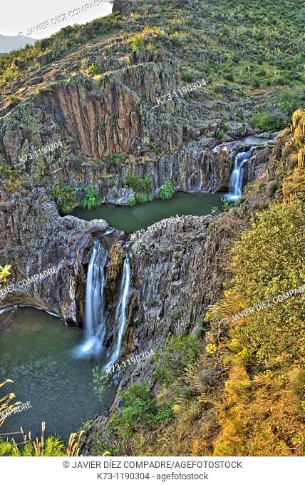 Aljibe Waterfall. Arroyo del Soto. Sierra de Ayllon. Guadalajara province. Castilla-La Mancha. Spain