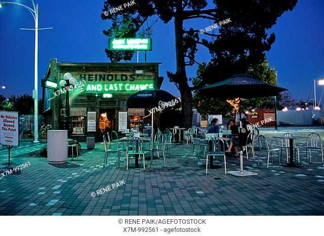 Heinolds' at twilight in 2006 before the start of large construction behind it  Heinolds' First and Last Chance Bar, also known as Jack London's Rendezvous in...