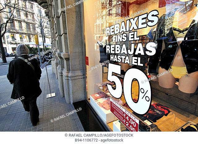 Discounts in clothing store, Barcelona, Catalonia, Spain