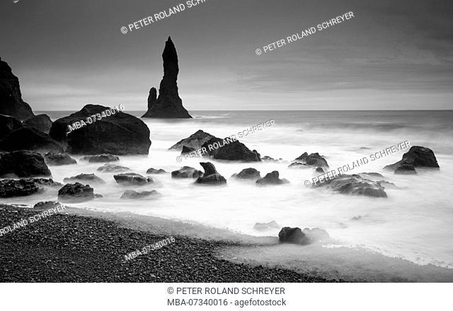 Iceland, Reynisdrangar, Vik i Myrdal, South Iceland, gloomy mood, volcanic beach, volcanic vents