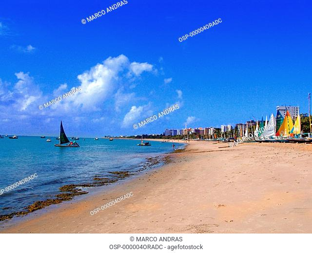 alagoas beach sands with boats