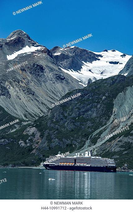cruise ship, glacier bay national park, Alaska