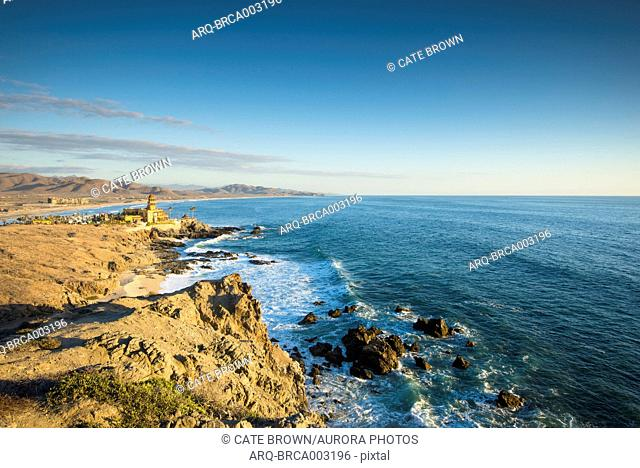 Scenic view of coastline with horizon over sea, Los Cerritos, Baja California Sur, Mexico