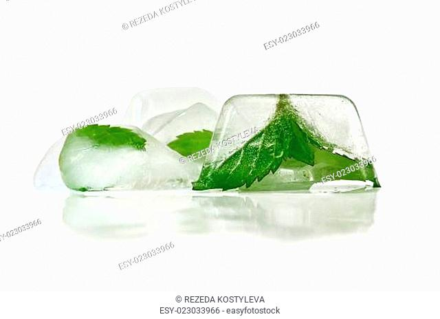 Ice with mint