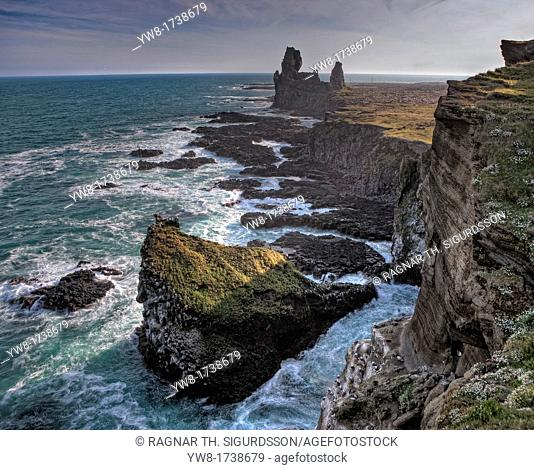 Lonsdrangar cliff, Snaefellsnes Peninsula, Iceland