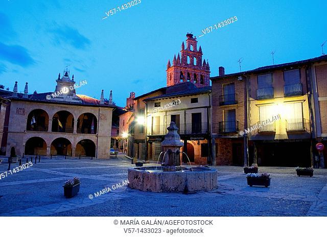 Main Square, night view. Ayllón, Segovia province, Castilla León, Spain