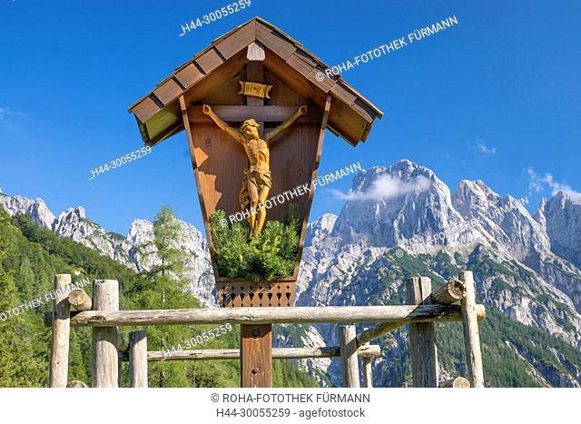 Bild- Foto, RoHa-fotothek, Bayern, Oberbayern, Berchtesgadener Land, Berchtesgaden, Himmel, blauer Himmel, Alpen, Gebirge, Berge, Fels, Felsabbruch, Felssturz