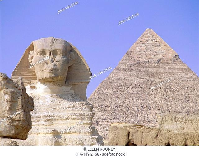 Sphinx and Chephren pyramid, Giza, UNESCO World Heritage Site, near Cairo, Egypt, North Africa, Africa
