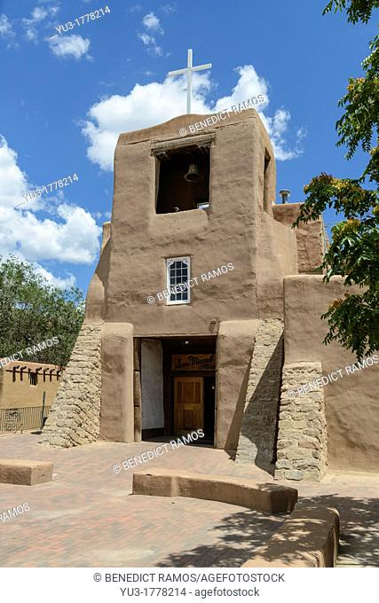 San Miguel Mission Church, Santa Fe, New Mexico, USA