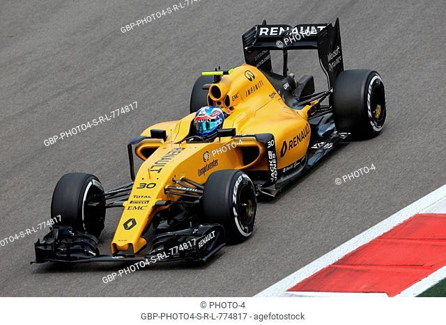 30.04.2016 - Free Practice 3, Jolyon Palmer (GBR) Renault Sport F1 Team RS16