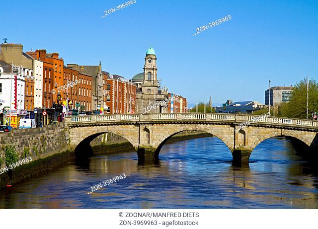 Bridge over River Liffey, Dublin, Ireland