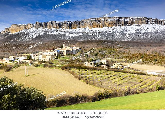 Aramendia village and Loquiz Sierra. Navarre, Spain, Europe