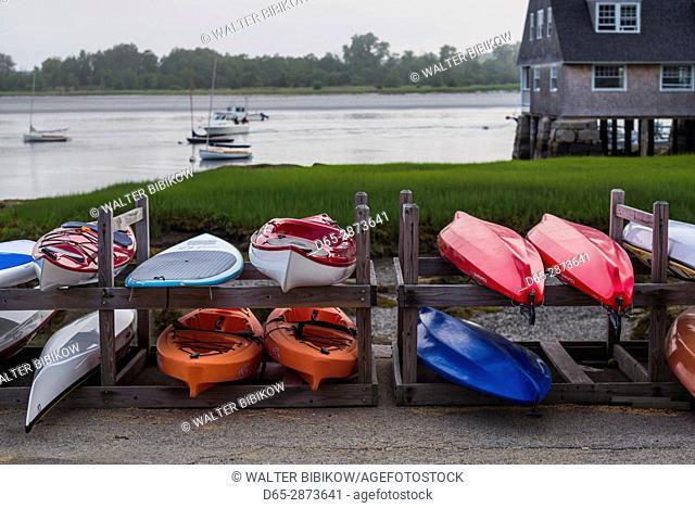 USA, Massachusetts, Cape Ann, Annisquam, Annisquam Harbor, boats